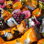 ハロウィンお菓子のラッピングはダイソーやセリアで済まそう